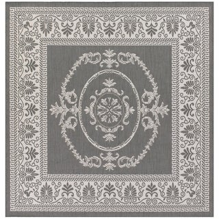 Power-Loomed Pergola Emblem Grey/White Polypropylene Rug (7'6 Square)