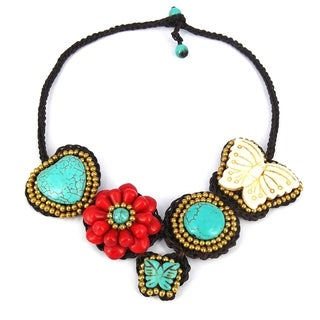 Handmade Floral and Butterfly Modern Romance Mix Stone Necklace (Thailand)