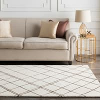 Hand-tufted Diamond Parchment Geometric Lines Wool Area Rug - 9' x 13'