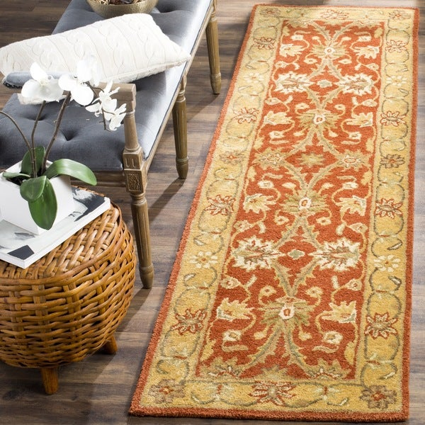 Safavieh Handmade Kerman Rust/ Gold Wool Rug - 2'3 x 8'