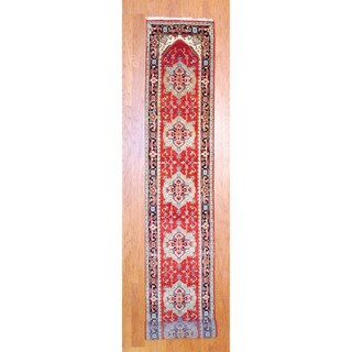 Indo Hand-knotted Heriz Red/ Navy Wool Rug (2'6 x 18')