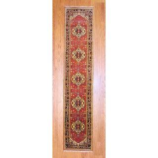 Handmade Heriz Wool Rug (India) - 2'6 x 12'
