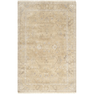 Hand-crafted Shakopee Traditional Ivory Wool Oriental Rug (5'6 x 8'6)