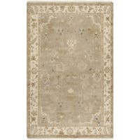 "Hand-crafted Mankato Traditional Oriental Beige Wool Area Rug - 5'6"" x 8'6"""