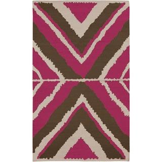 Hand-woven Wool Rug (5' x 8')