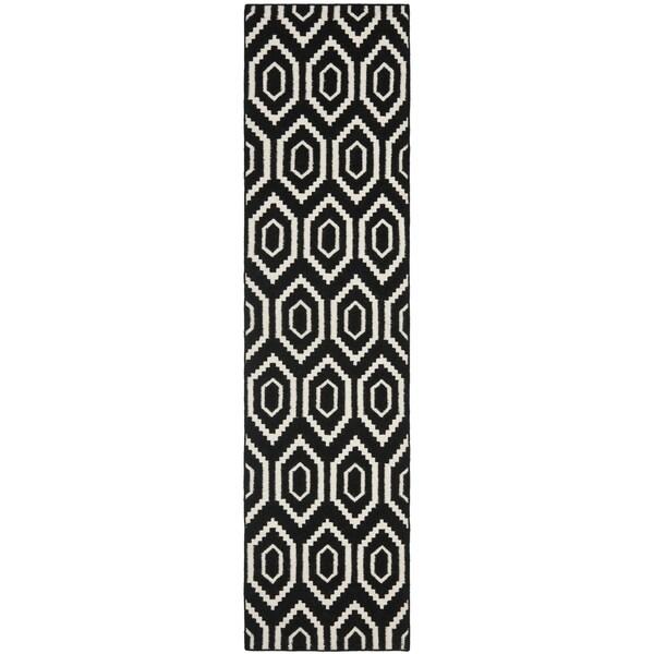 "Safavieh Handwoven Contemporary Moroccan Reversible Dhurrie Black Wool Runner Rug (2'6"" x 6')"