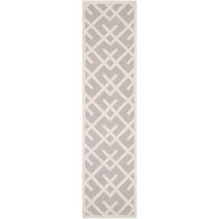 Safavieh Hand-woven Moroccan Reversible Dhurrie Grey Wool Rug (2'6 x 8')