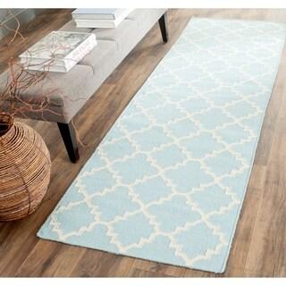 "Safavieh Handwoven Moroccan Reversible Dhurrie Light Blue Wool Geometric Rug (2'6"" x 8')"