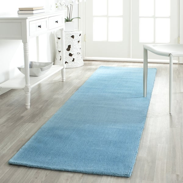 Safavieh Handmade Himalaya Solid Turquoise Blue Wool Rug (2'3 x 6')