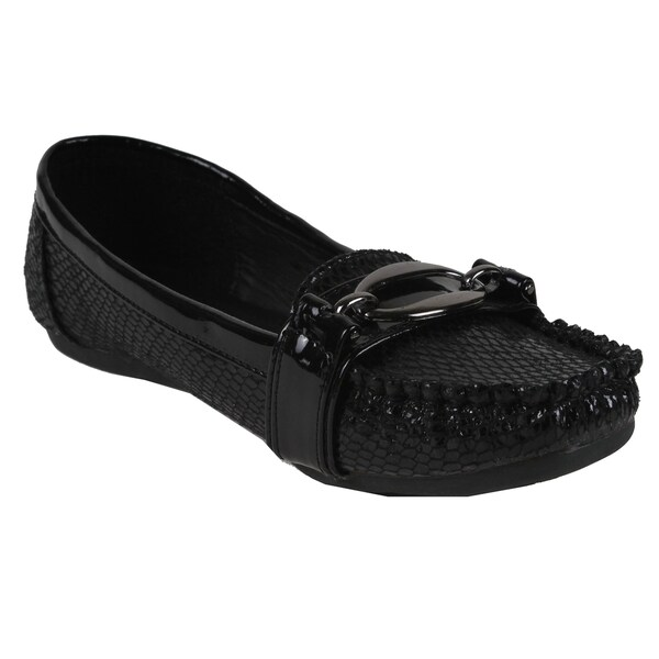 Spicy by Beston Women's Black Reptile Moc Toe Flats