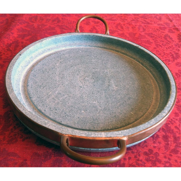 9-inch Natural Soapstone Grilling Platter with Copper Handles (Brazil)