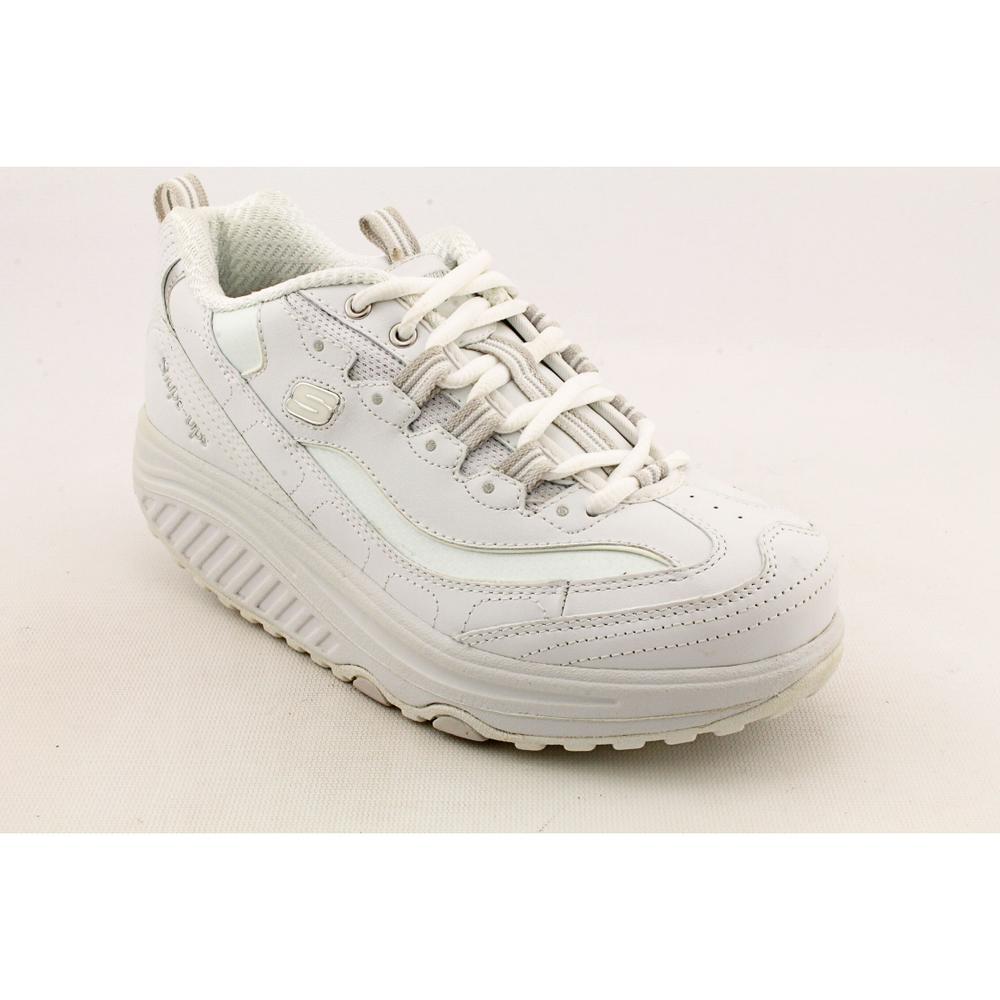 Sabio cumpleaños Medalla  Shop Skechers Shape-Ups Women's 'Metabolize' Leather Athletic Shoe - Wide  (Size 6.5) - Overstock - 7735000