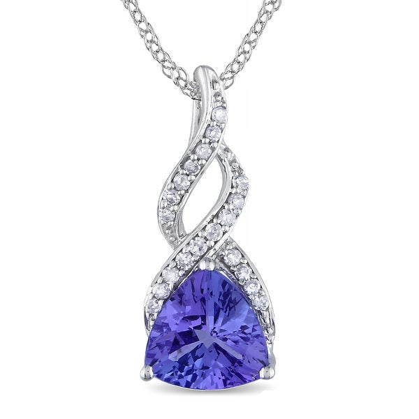 Miadora 10k Gold Tanzanite and 1/10ct TDW Diamond Necklace (H-I, I2-I3)