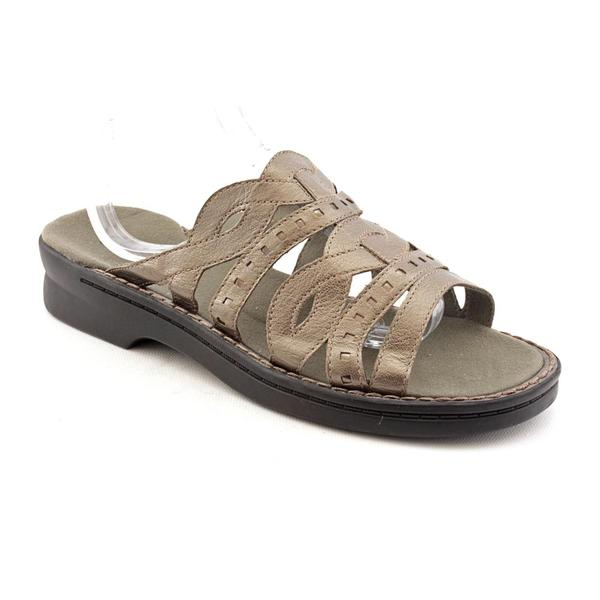 Clarks Women's 'Patty Ivory' Leather Sandals (Size 9)