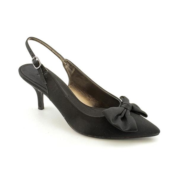 Nina Women's 'Poofy' Black Basic Textile Dress Shoes