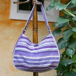 Handcrafted Cotton 'Violet Synchronicity' Hobo Bag (Guatemala)