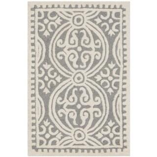 Safavieh Handmade Cambridge Moroccan Silver/ Ivory Rug (2' x 3')