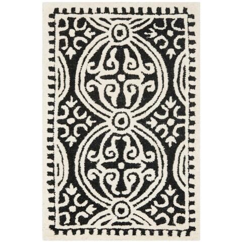 Safavieh Handmade Cambridge Moroccan Black/ Ivory Rug - 2' x 3'