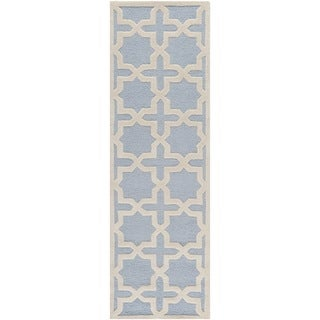 Safavieh Handmade Moroccan Cambridge Light Blue Wool Rug (2'6 x 10')