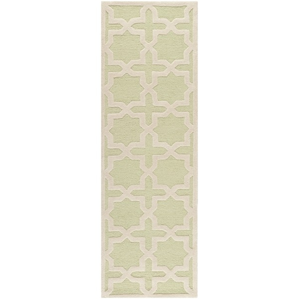 Safavieh Handmade Tufted Cambridge Moroccan Light Green Wool Rug - 2'6 x 8'