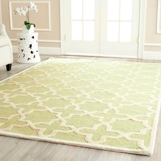 Safavieh Handmade Moroccan Cambridge Light Green Wool Rug - 9' x 12'