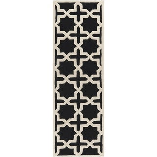 Safavieh Handmade Moroccan Cambridge Black Wool Rug (2'6 x 6')