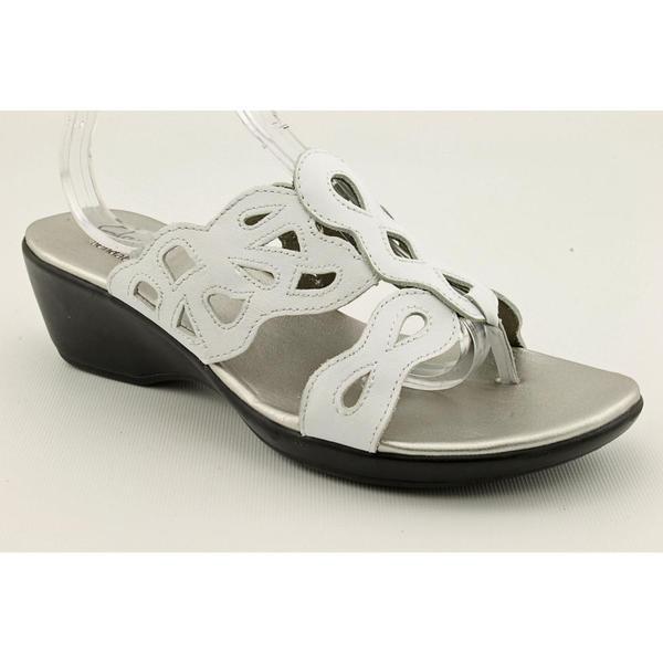 Clarks Women's 'Allie Cherry' Leather Sandals (Size 7)