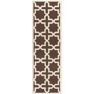 "Safavieh Handmade Cambridge Moroccan Dark Brown Wool Runner Rug (2'6"" x 8')"