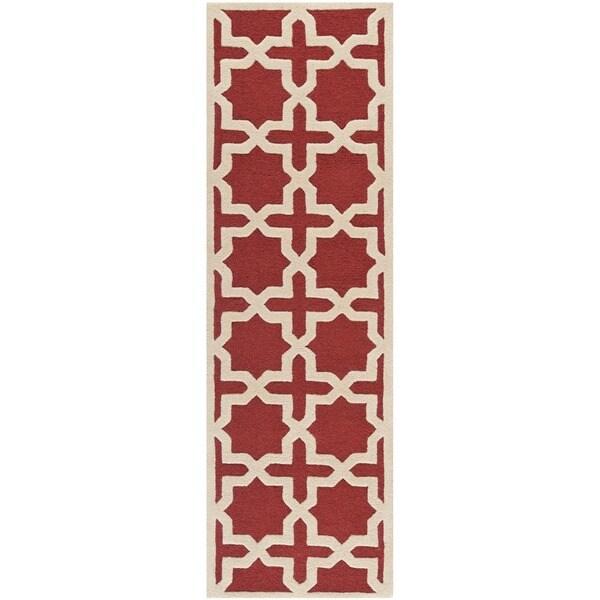 Safavieh Handmade Moroccan Cambridge Rust Wool Rug (2'6 x 10')
