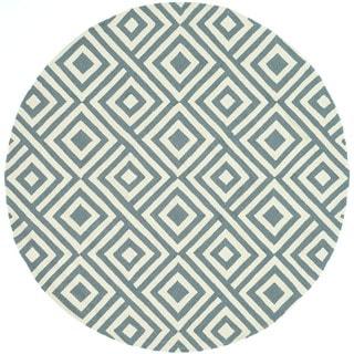 Hand-hooked Indoor/ Outdoor Capri Slate Rug (7'10 Round)