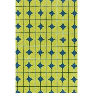 Hand-hooked Indoor/ Outdoor Capri Lime Rug (5' x 7'6)