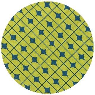 Hand-hooked Indoor/ Outdoor Capri Lime Rug (7'10 Round)
