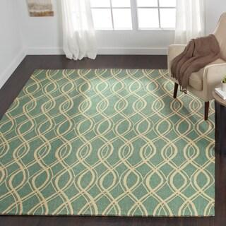 Hand-hooked Indoor/ Outdoor Capri Turquoise Rug (5' x 7'6)