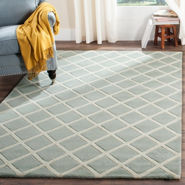 Safavieh Handmade Moroccan Chatham Grey Wool Rug with Thick Pile - 8' x 10'