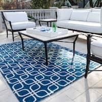 Handmade Indoor/ Outdoor Capri Blue Rug - 3'6 x 5'6