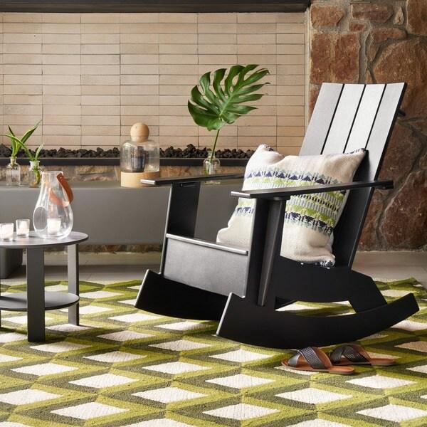Hand-hooked Indoor/ Outdoor Capri Green Trellis Rug - 7'6 x 9'6