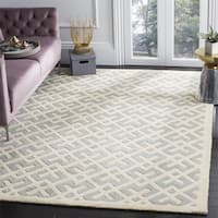 Safavieh Handmade Moroccan Chatham Grey Wool Rug (7' Square) - 7' Square