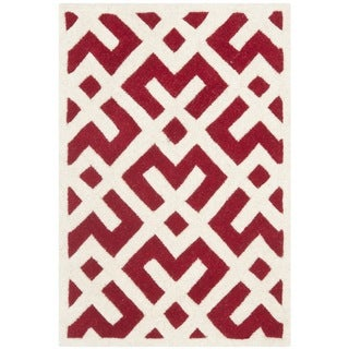 Safavieh Handmade Moroccan Chatham Red Wool Accent Rug (2' x 3')