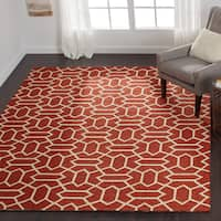Hand-hooked Indoor/ Outdoor Capri Rust Rug - 5' x 7'6