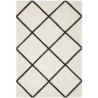 Safavieh Handmade Moroccan Geometric Ivory Wool Rug - 6' x 9'