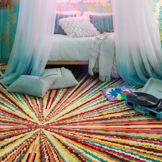 "Contemporary Rainbow Prism Area Rug - 5'2"" x 7'7"""
