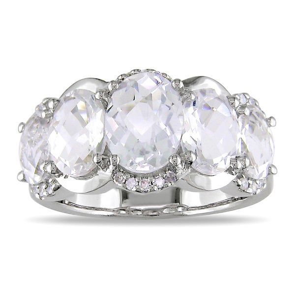 Miadora Signature Collection 14k Gold White Topaz and 1/8ct TDW Diamond Ring (G-H, I1-I2)