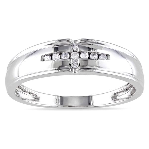 Miadora 10k Gold Men's 1/10ct TDW Diamond Wedding Band (G-H, I2-I3)