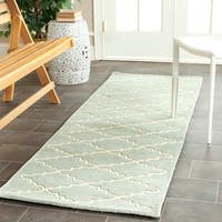 Safavieh Handmade Moroccan Chatham Grey Wool Rug (2'3 x 11') - 2'3 x 11'