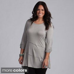 24/7 Comfort Apparel Women's Plus 3/4-length Tunic Top (2 options available)