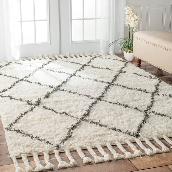 nuLOOM Hand-knotted Moroccan Trellis Natural Shag Wool Rug ...