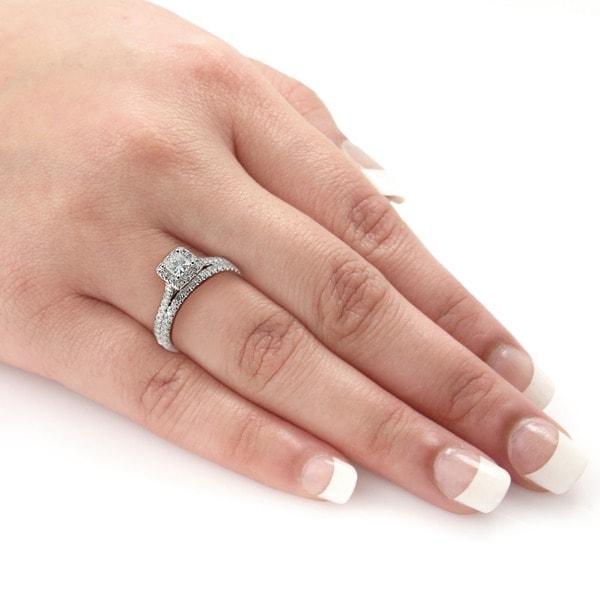Auriya 14k Gold 1ct TDW Certified Princess-Cut Diamond Halo Bridal Ring Set