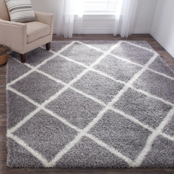 Morrocan-style Trellis Shag Rug (8' x 10')