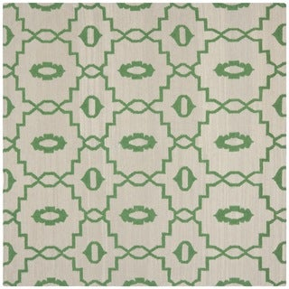 Safavieh Geometric Handwoven Moroccan Reversible Dhurrie Ivory Wool Rug (6' Square)