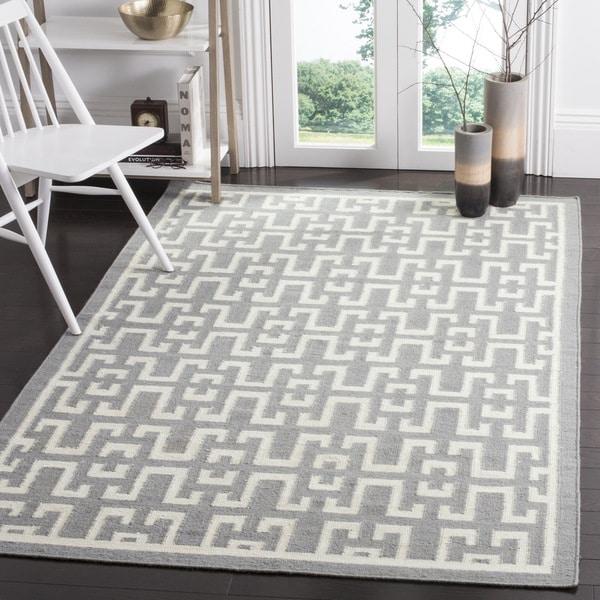 Safavieh Hand-woven Moroccan Reversible Dhurrie Soft Grey Wool Rug (6' x 9') - 6' x 9'